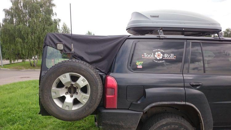 Тент на задние двери Nissan Patrol Y61