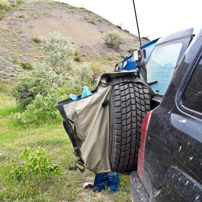 Сумка-на-запасное-колесо-88л-TROLL-для-мусора-или-грязных-вещей