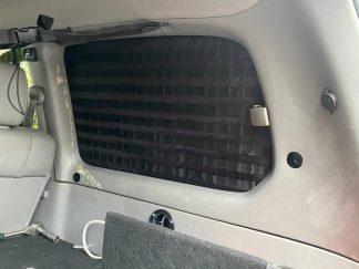 Панель MOLLE на стекло багажника Toyota Land Cruiser 105 Правая